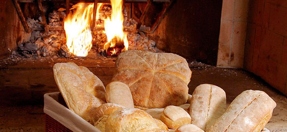 WOOD-FIRED BREAD OVENS