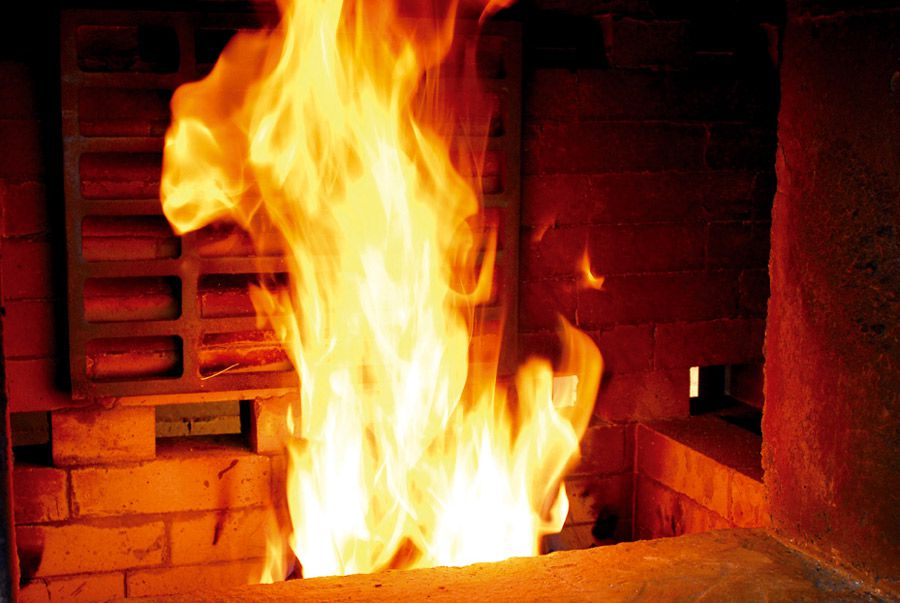 Combustion chamber fire